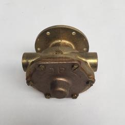Koelwaterpomp F4B-9 opzetpomp v.dubbele uitvoering tbv lens